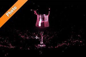 ワインが散布したような写真・フォト フリー素材