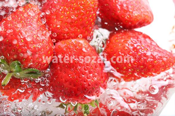 シズル感あふれる苺の写真・フォト フリー素材
